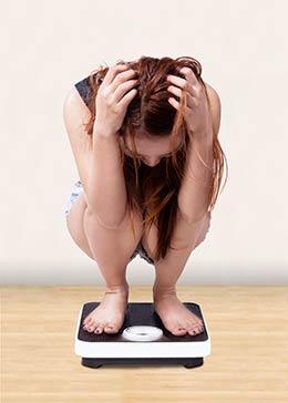 balanza Mujer-pesandose