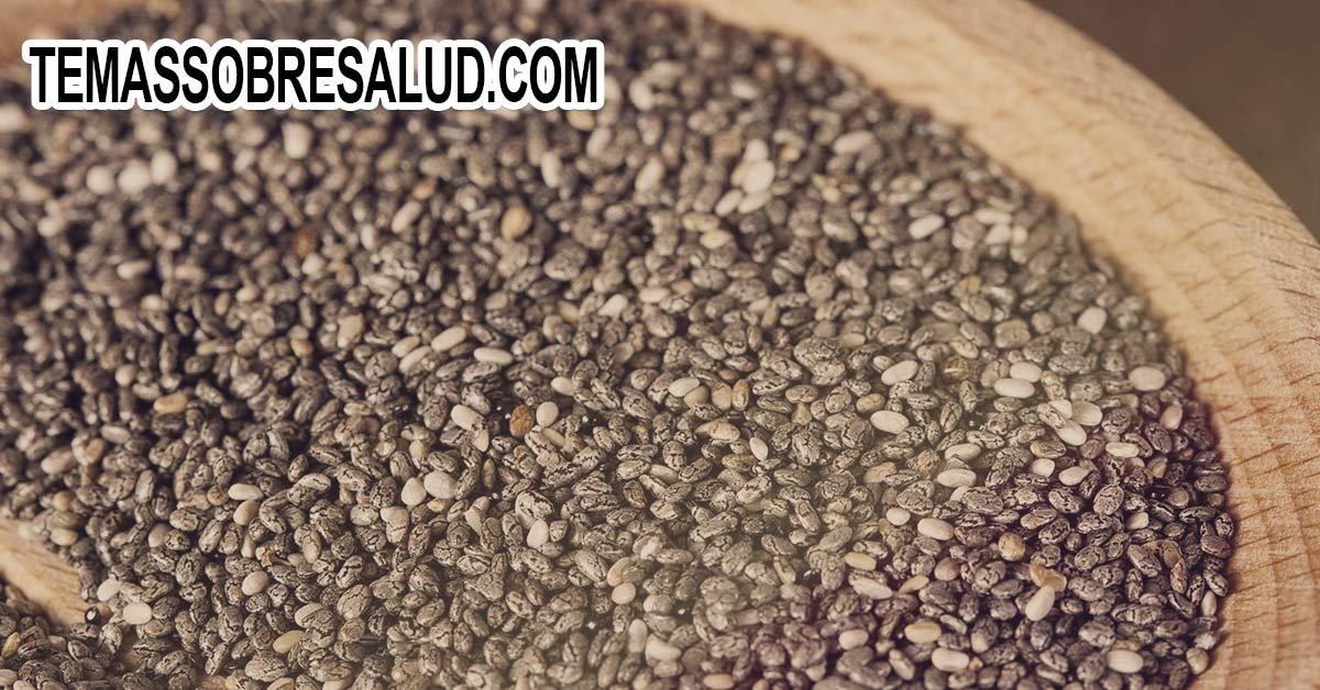 Incluir semillas de chía en batidos de frutas