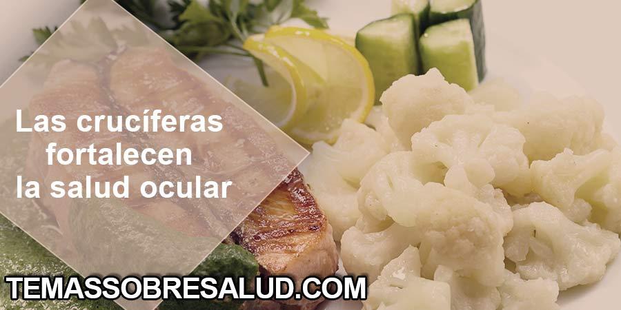 Verduras crucíferas coliflor y salmón