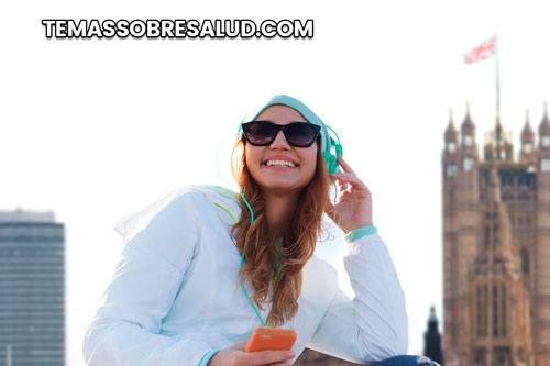 Escuchar música es una forma natural de aumentar la dopamina
