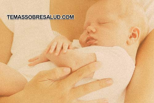 La placenta durante el embarazo se encarga de proporcionar nutrientes al feto para su desarrollo saludable