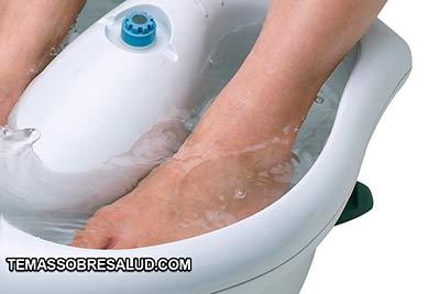La anemia puede llegar a provocar la sensación de tener los pies fríos