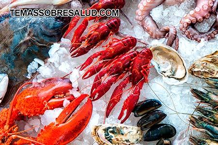 pacientes de hipertiroidismo y enfermedad de Graves deben incluir mariscos en su dieta