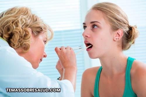 Las infecciones bacterianas puede causar amigdalitis crónica