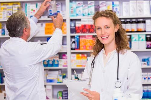 Los AINEs comunes son: Ibuprofeno (Motrin, Advil) y naproxeno (Aleve)